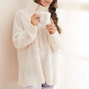Aerie Turtleneck White Sweater